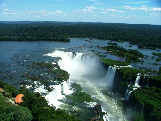 Panoraic view of Iguassu Falls
