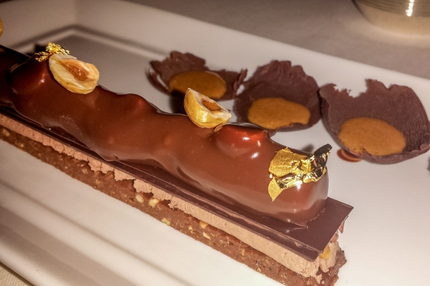 Crunchy praline chocolate