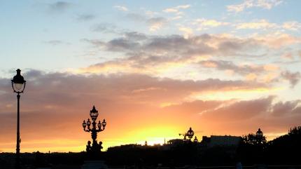 Ponte Alexandre III silhouettes