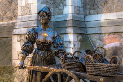 The embodiment of a song #MollyMalone