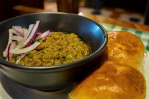 Keema Pav Dishoom